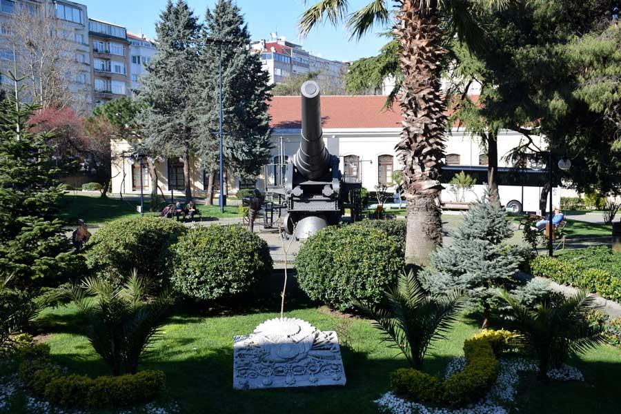 Harbiye Askeri Müzesi fotoğrafları- Military Museum garden