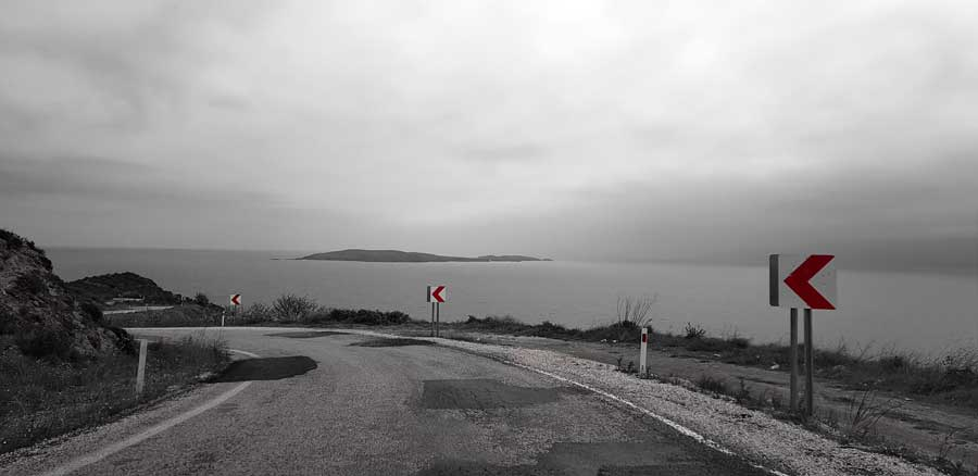 Kapıdağ yarımadası yolu Marmara bölgesi - Kapidag peninsula road Marmara region, Turkey