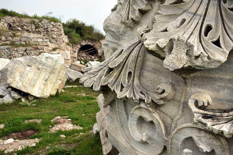 Kyzikos antik kenti fotoğrafları dev sütun detayı Erdek Bandırma - Kyzikos ancient city photos, detail of biggest column Erdek Turkey