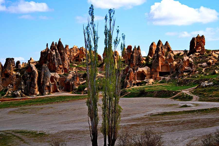 Peri bacaları Nevşehir Göreme Ürgüp Kapadokya fotoğrafları - The land of beautiful horses, Cappadocia photos