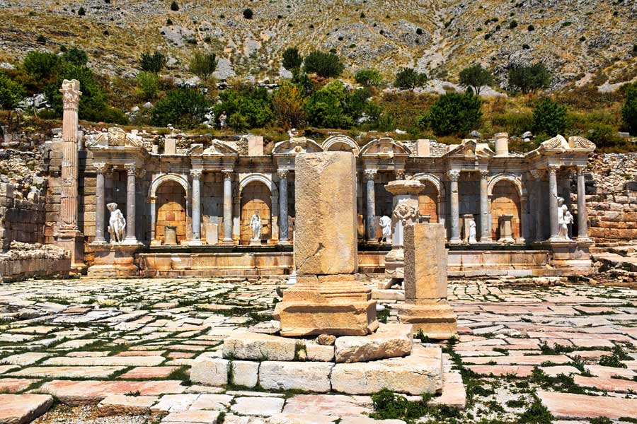 Sagalassos antik kenti fotoğrafları Antoninler çeşmesi ve yukarı agora - Turkey the Mediterranean region Antonine nymphaeum and upper agora, Sagalassos ancient city