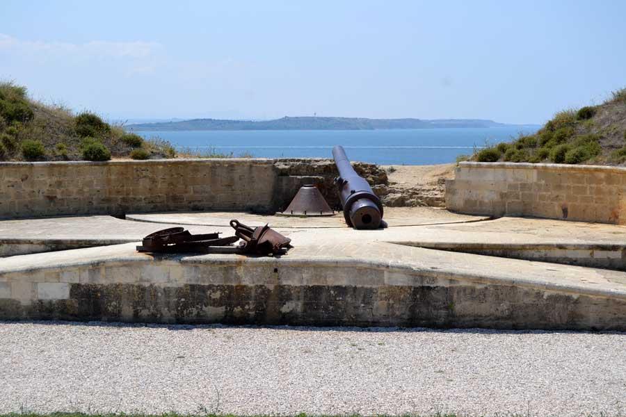 Seddülbahir, Yahya Çavuş tabyası, Seddülbahir köyü - Gallipoli Yahya Çavuş Redoubt, V Beach, Seddulbahir Village