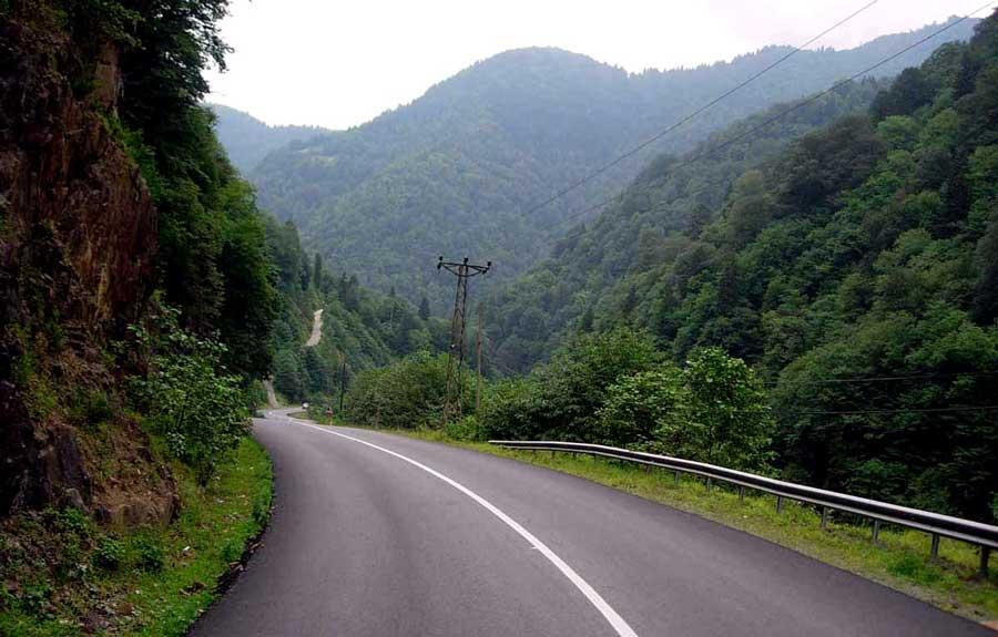 Trans Karadeniz güzergahı Rize Çamlıhemşin ıssız yollardan geçtik - Trance Black Sea route passed through desolate roads Rize Camlihemsin