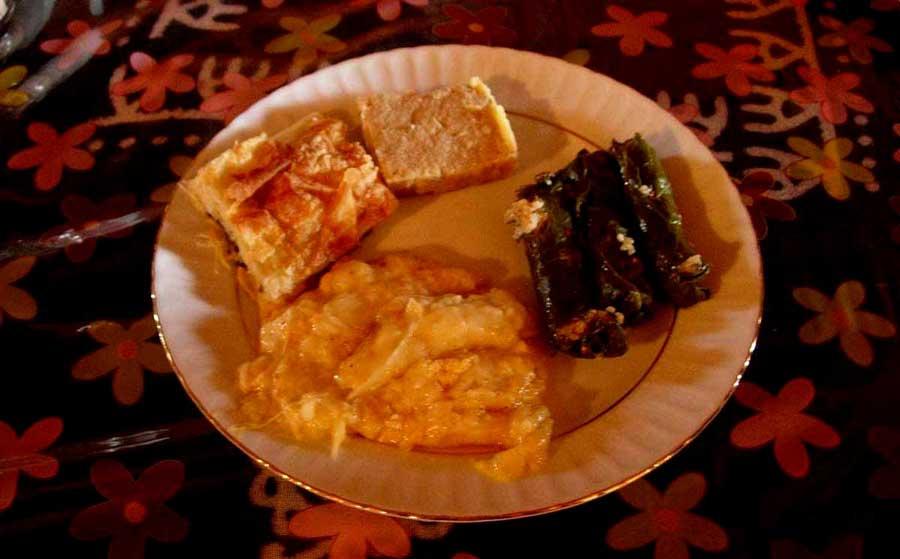 Trans Karadeniz güzergahı fotoğrafları nefis yemekler yedik Rize Pokut yaylası - Trance Black Sea route photos ate delicious meals Rize Pokut plateau