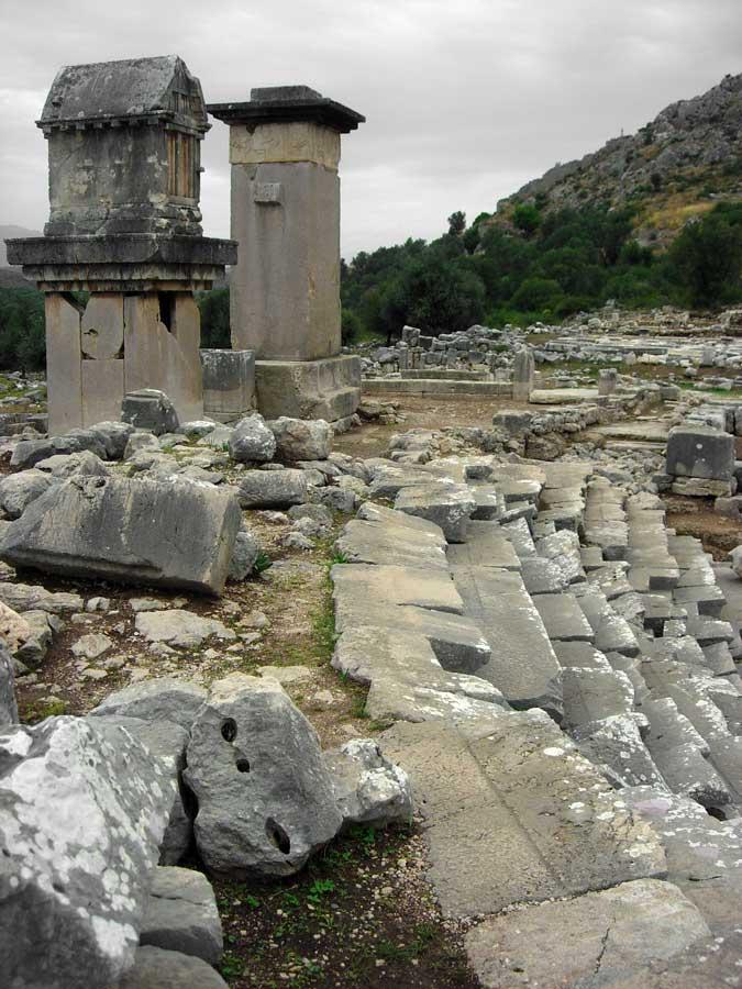 Xanthos fotoğrafları Harpy lahit anıtı ve Likya lahdi - Xanthos photos Harpy Tomb Monument and Lycian Sarcophagus