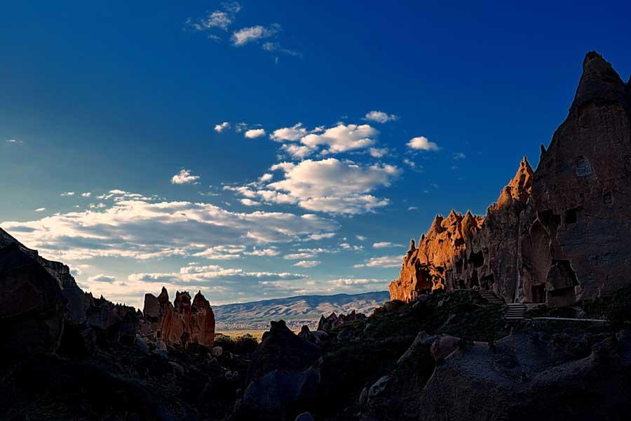 Nevşehir Kapadokya Peri Bacaları ve Göreme Ürgüp Tarihi Yerler
