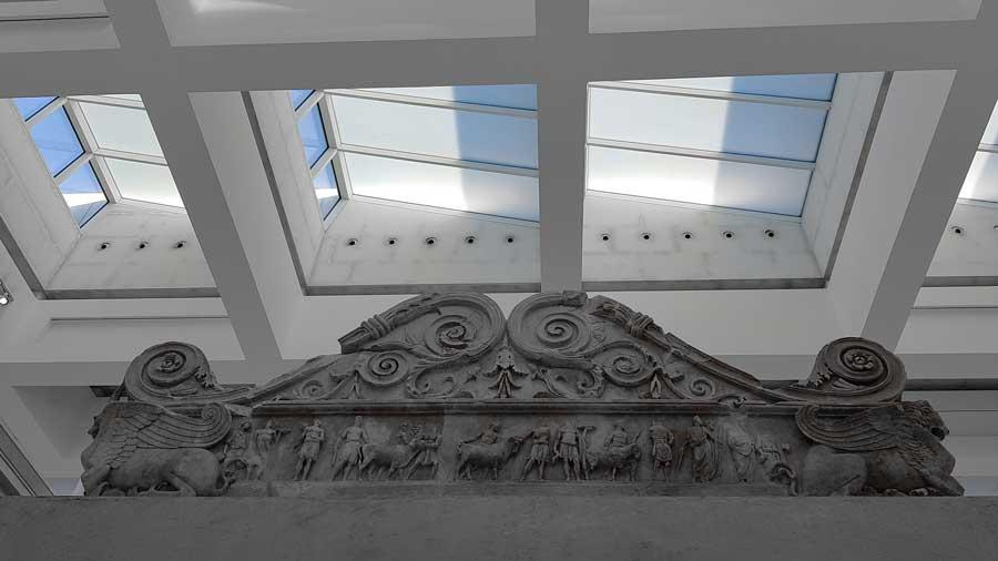 Ara Pacis Müzesi ve Ara Pacis altarı detayları - Rome Ara Pacis Museum and Ara Pacis altar detail