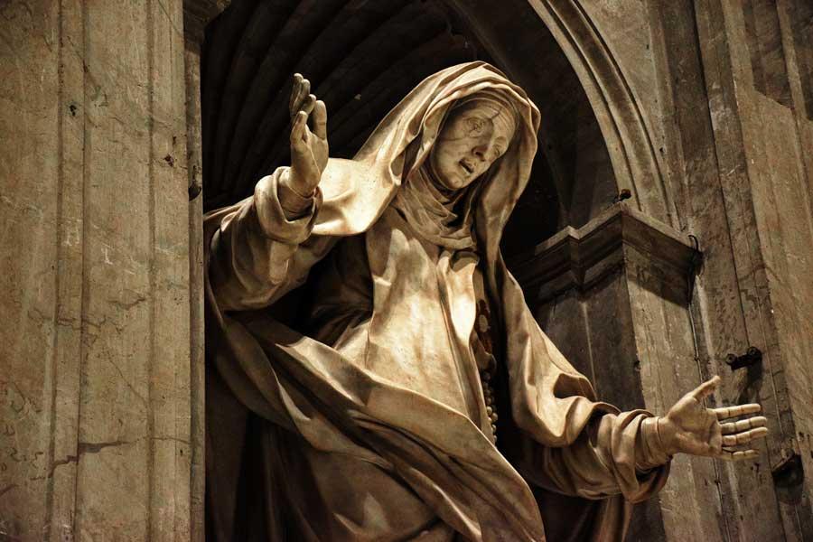 Aziz Petrus Bazilikası veya San Pietro Bazilikası heykelleri fotoğrafları - Rome Vatican statues of St. Peter's Basilica or Basilica di San Pietro