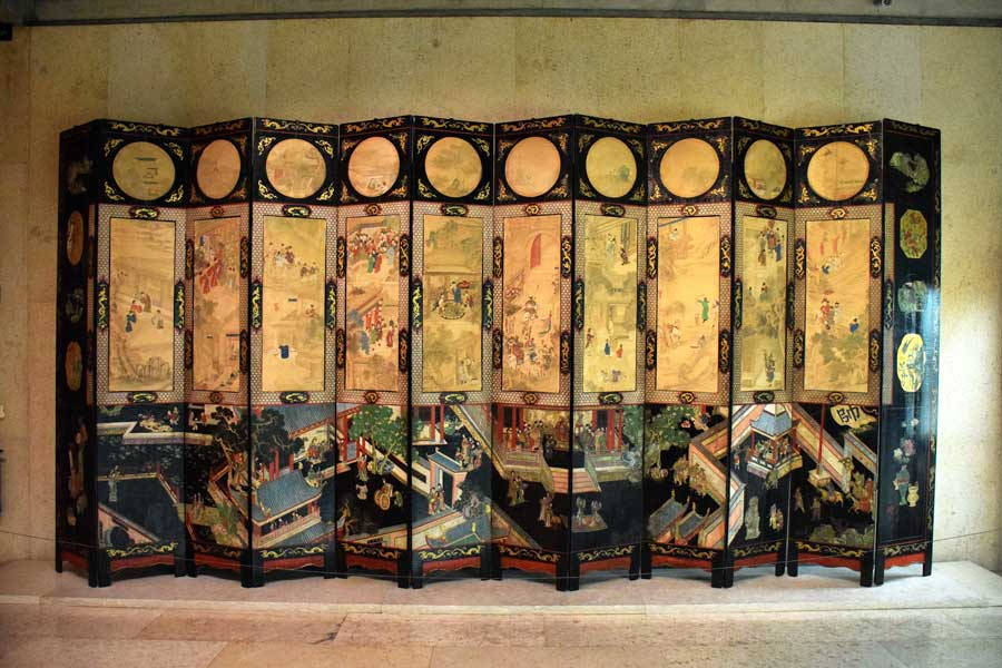 Gülbenkyan Müzesi eserleri fotoğrafları Çin paravanı 17.yy. - Calouste Gulbenkian Museum 'coromandel' panel China