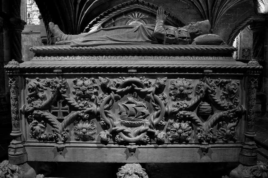 Jeronimos Manastırı fotoğrafları Vasco da Gama lahdi Belem - Lisbon sarcophagus of Vasco Da Gama Jeronimos Monastry (Mosteiro dos Jerónimos)