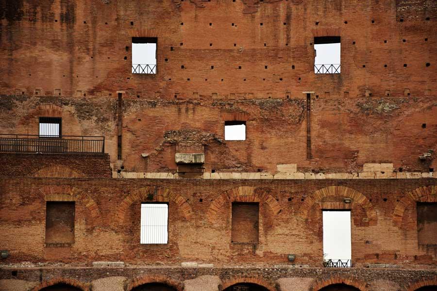 Kolezyum fotoğrafları üst kat pencereleri - Colosseum upstairs windows photos
