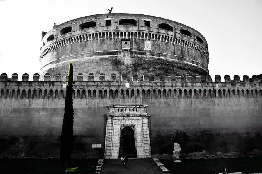 Kutsal Melek Kalesi de denilen Sant'Angelo Kalesi veya Hadrian Mozolesi - Rome Castel Sant Angelo, Hadrian Mausoleum