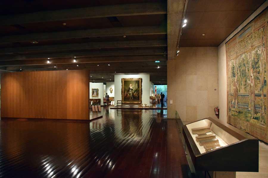 Lizbon Gülbenkyan Müzesi tarihi eser fotoğrafları Rönesans salonu - Renaissance Hall Calouste Gulbenkian Museum (Museu Calouste Gulbenkian)
