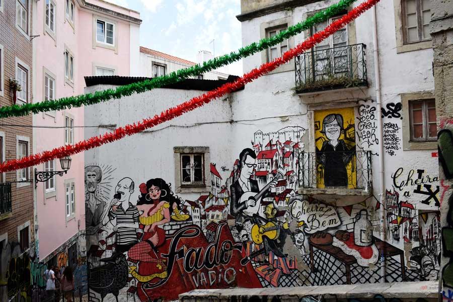 Lizbon fotoğrafları sokak sanatı - Lisbon photos street art