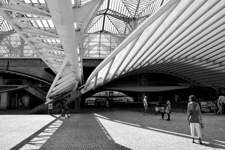 Lizbon gezilecek yerler Oriente Garı mimarı Santiago Calatrava - Lisbon Gare do Oriente