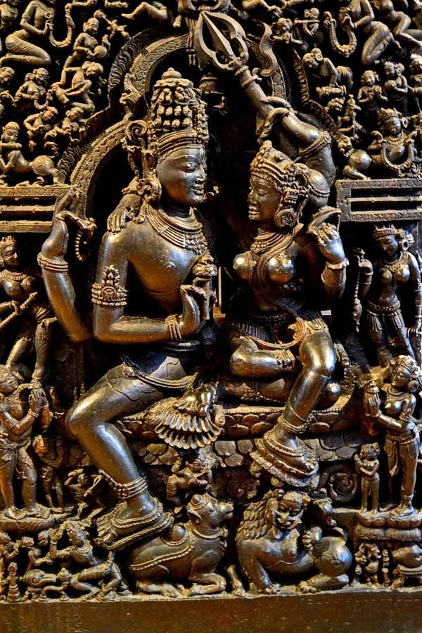 Londra fotoğrafları British Museum Şiva tanrısı ve Parvati heykeli - British Museum photos Shiva and Parvati sculpture