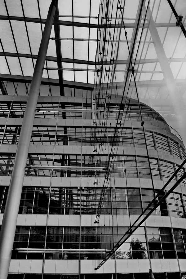 Londra fotoğrafları Londra modern mimariden bir örnek - London photos reflections of gray