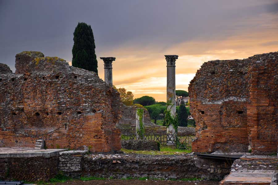 Roma Gezilecek Yerler; Antik Roma Anıtları, Yapıları