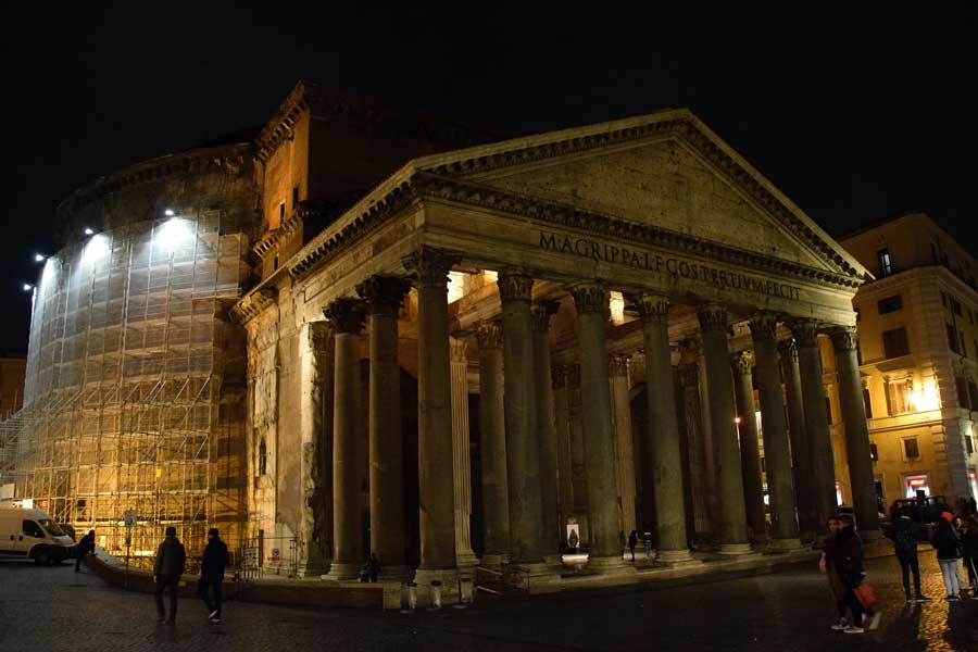 Pantheon portiko sütunları - Rome Portico columns of Pantheon