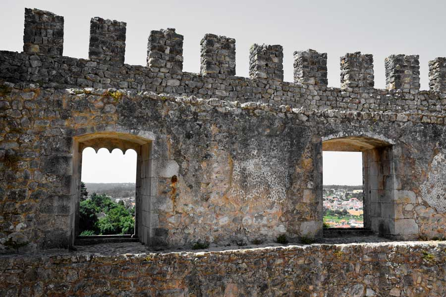 Pombal Kalesi sur fotoğrafları - Portugal Castle of Pombal's wall (Castelo de Pombal)