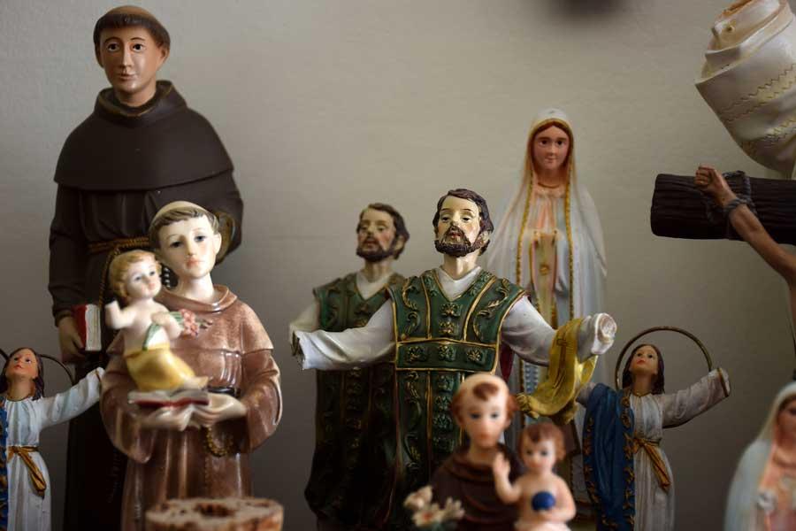 Portekiz Lizbon Oyuncak Bebek Hastanesi ve müzesi el yapımı oyuncaklar - Lisbon The Doll Hospital and museum (Hospital de Bonecas)