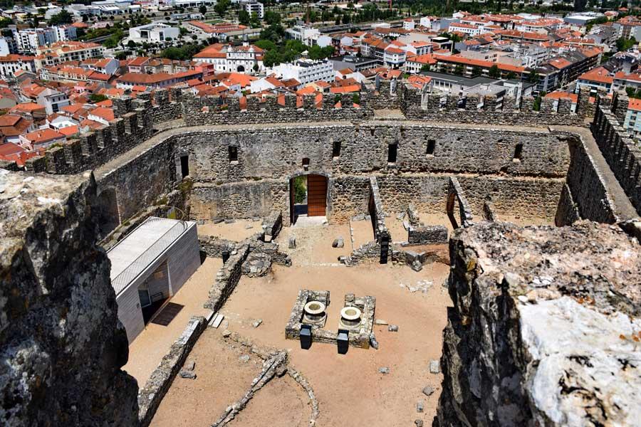 Portekiz gezilecek yerler Pombal Kalesi ve Pombal kenti fotoğrafları - Portugal Pombal castle and Pombal city photos