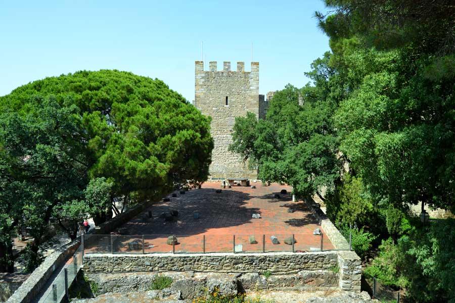 Portekiz rotası Lizbon Sâo Jorge Kalesi - Portugal route Lisbon Castle or Sao Jorge castle (Castelo de S. Jorge).jpg