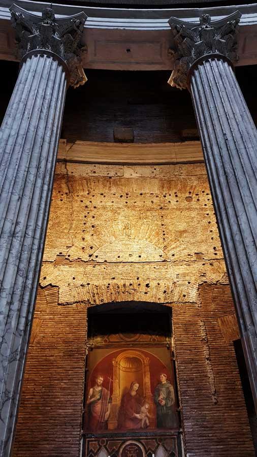 Roma Pantheon fotoğrafları St. Joseph Şapeli - St. Joseph Chapel, Pantheon, Rome