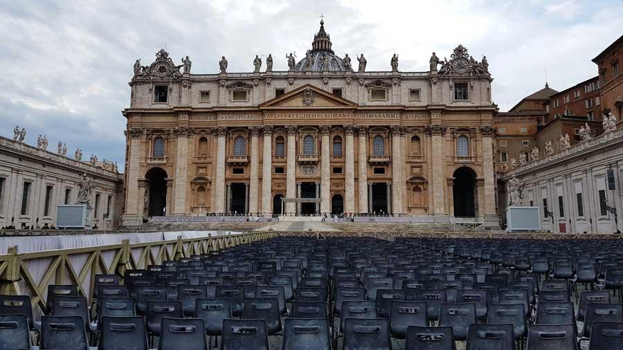 Roma Vatikan Aziz Petrus Bazilikası veya San Pietro Bazilikası fotoğrafları - Rome Vatican St. Peter's Bazilica or Basilica di San Pietro