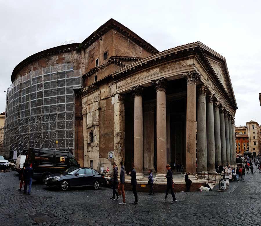 Roma gezilecek yerler Pantheon portiko sütunları - Rome Pantheon portico columns