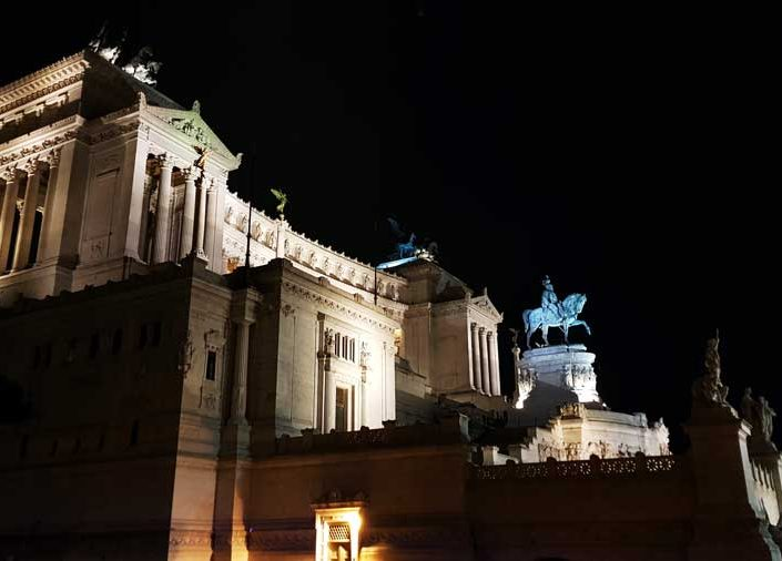 Roma gezilecek yerler Roma Vittorio Emanuele II Abidesi - Rome Monument of Vittorio Emanuele II (Altare della Patria)