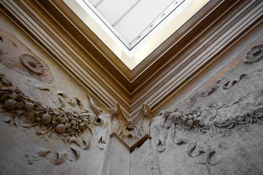 Roma müzeleri Ara Pacis Müzesi Görkemli Barış Sunağı iç duvar fotoğrafları - Rome Ara Pacis Museum photos interior wall of the Altar of Peace