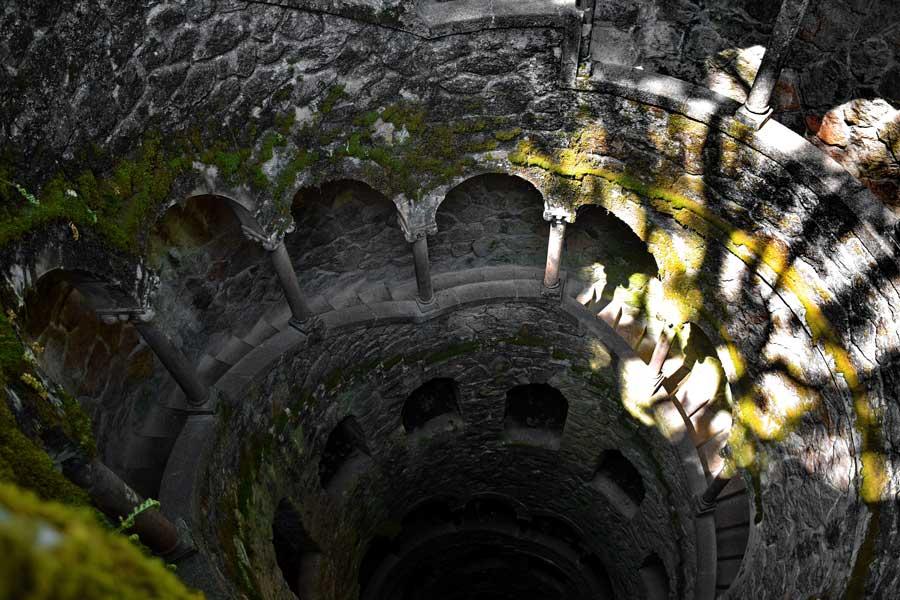 Sintra Ters Kule fotoğrafları - Sintra Quinta da Regaleira Reverse tower photos