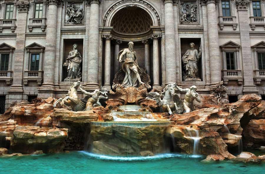 Trevi çeşmesi veya aşk çeşmesi fotoğrafları - Rome Trevi fountain photos