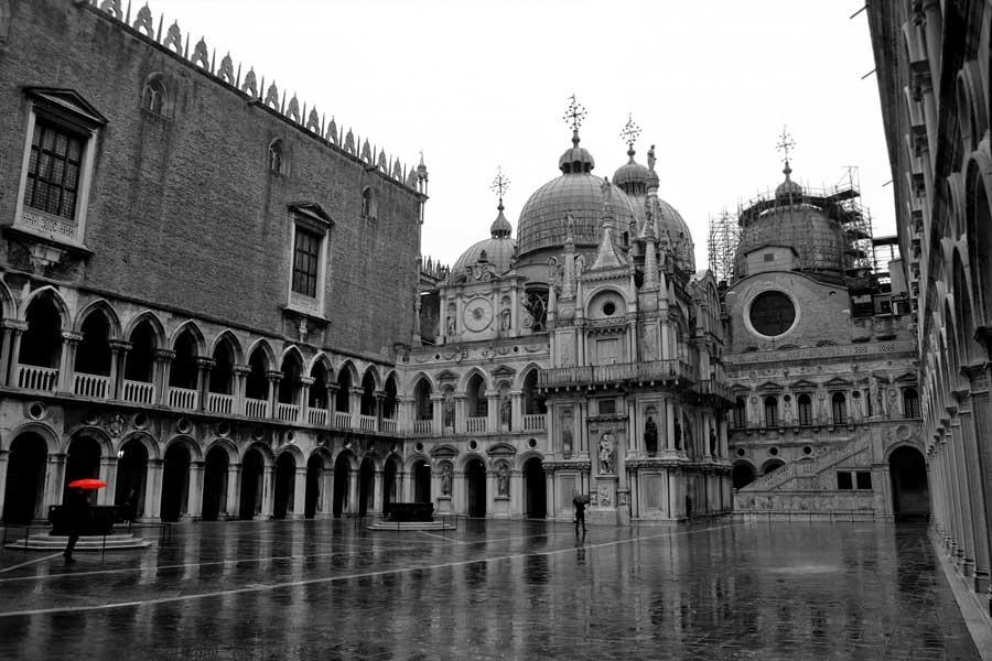 Venedik Doçlar Sarayı iç avlu - Venice Palazzo Ducale inner courtyard