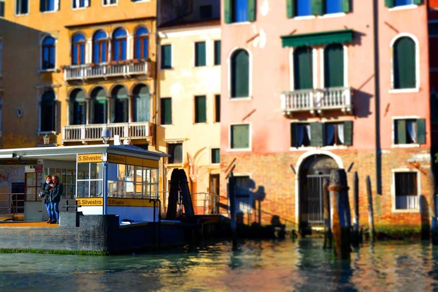 Venedik fotoğrafları Büyük kanal ve San Silvestro iskelesi - Venice Grand canal and San Silvestro pier