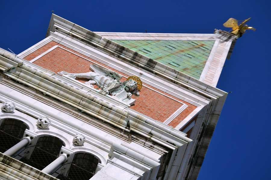 Venedik fotoğrafları San Marco Çan Kulesi aslan ve Venedik mottosu - Venice Campanile di San Marco lion and motto of Venice pax tibi marce evangelista meus