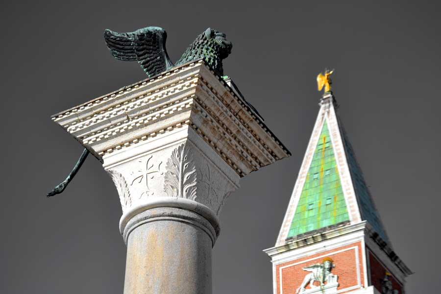 Venedik fotoğrafları San Marco kolonu ve San Marco çan kulesi - Venice photos Column of San Marco and Campanile di San Marco