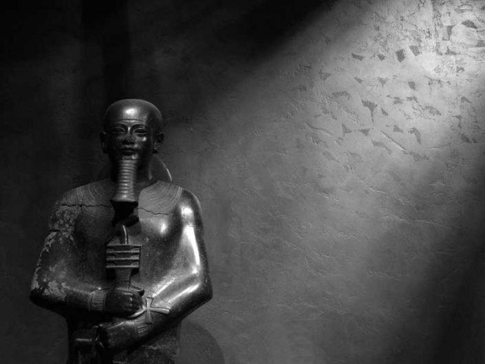 İtalya gezilecek yerler Torino Mısır müzesi tanrı Ptah heykeli - Turin Egyptian Museum statue of the god Ptah