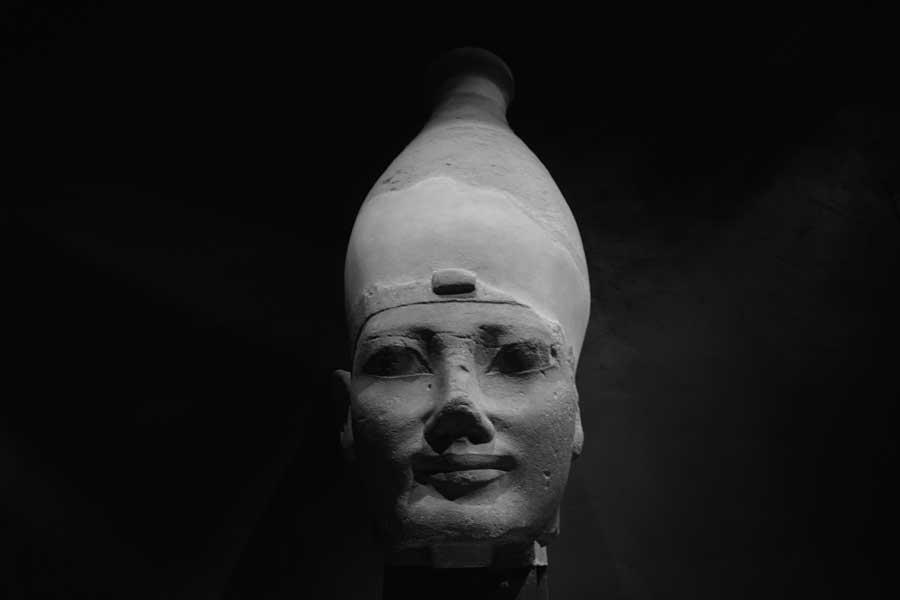 Torino gezilecek yerler Mısır Müzesi Mısır heykel başı - Turin Egyptian Museum head of the ancient statue