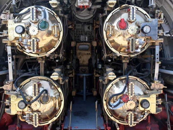 Rahmi Koç Müzesi fotoğrafları TCG Uluçalireis denizaltısı torpido bölümü - Rahmi Koc Museum TCG Uluçalireis submarine torpedo section