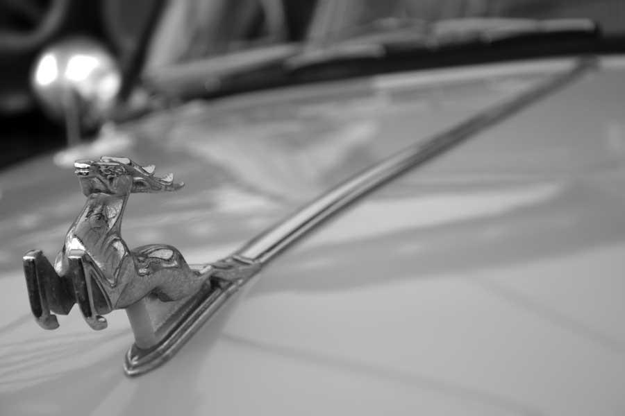 Rahmi M. Koç Müzesi görselleri Sovyetler Birliği 1964 model GAZ marka araç logosu - Soviet Union 1964 model GAZ brand car's logo
