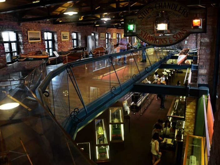Rahmi M. Koç Müzesi genel görünüm - interior of Rahmi M. Koc Museum
