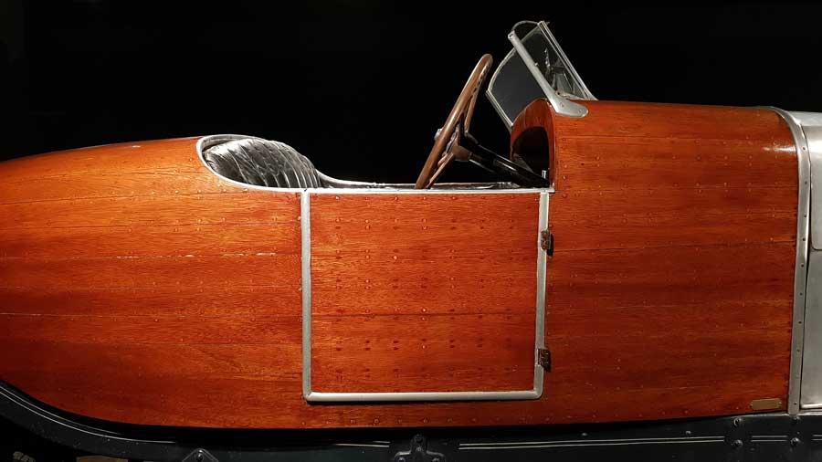 Torino Otomobil Müzesi ahşap araba fotoğrafları - Turin Automobile Museum wooden car (Museo Nazionale dell'Automobile)