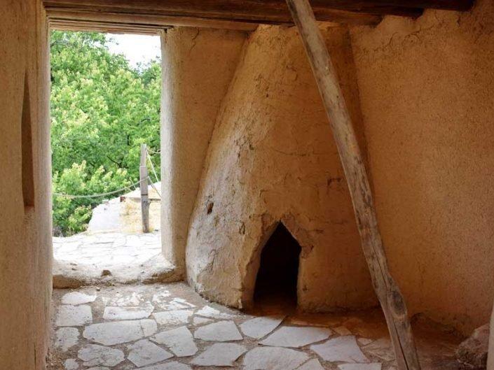 Arslantepe Erken Bronz Çağı konut rekonstrüksiyonu (M.Ö.2900-2800) - Reconstruction of an Early Bronze I Asrlantepe house (2900-2800 BC)