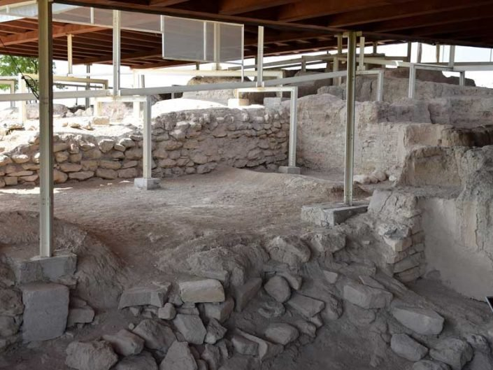 Arslantepe höyüğü saray depoları bölümü - Eastern Anatolia region Malatya Arslantepe mound palace stores