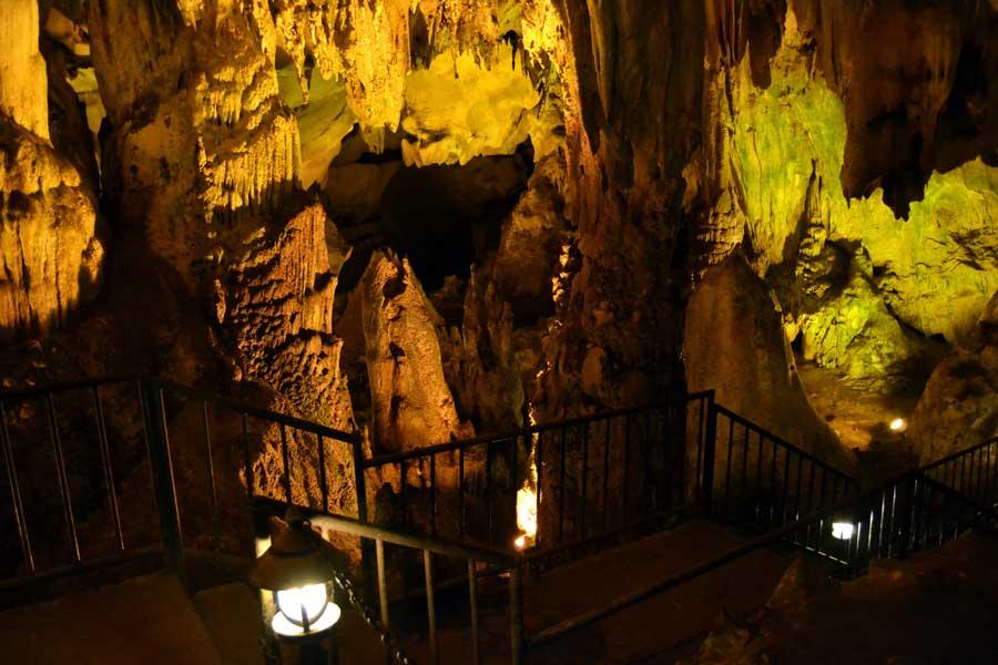 Kırklareli gezilecek yerler Dupnisa mağarası içi - interior of the Dupnisa cave