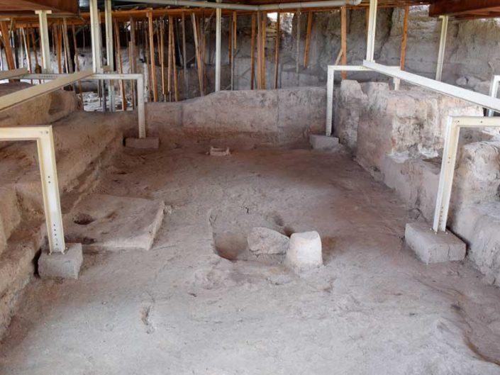 Malatya Arslantepe höyüğü B Tapınağı içi - Eastern Anatolia region Malatya interior of the B Temple of Arslantepe Mound
