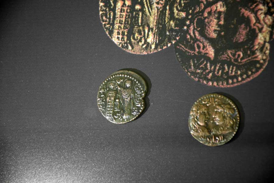 Mardin Müzesi Artuklu sikkesi - Mardin Museum the Artuqid coin