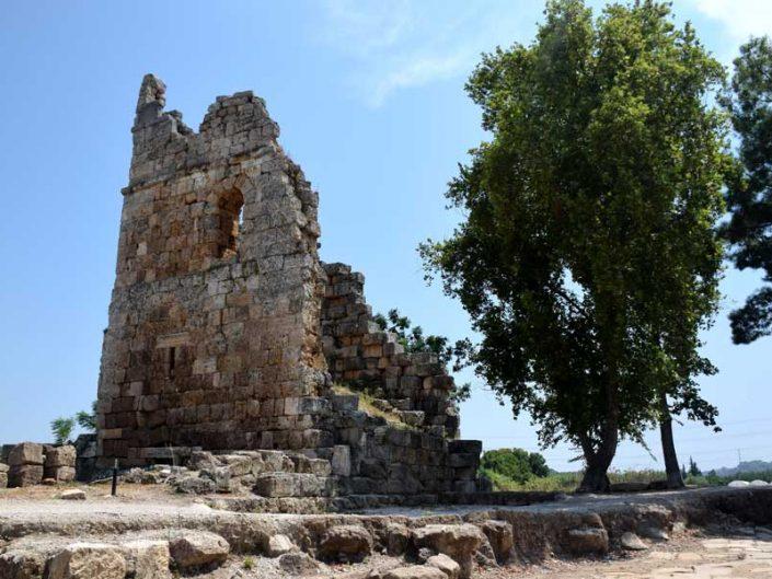 Perge antik kenti bazilikası - Bazilica of Perge ancient city